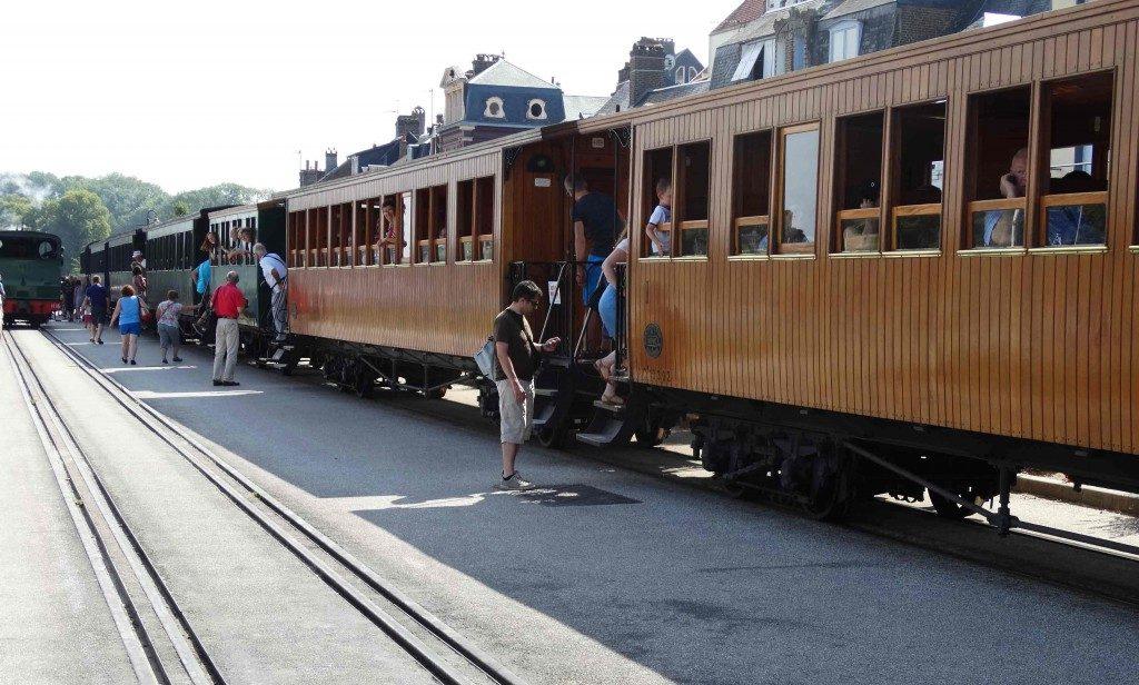 train-vapeur-saint-valery-sur-somme-1024x616